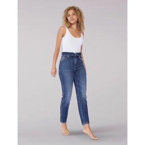 NWT Lee Vintage Modern High Rise Mom Jean, 33